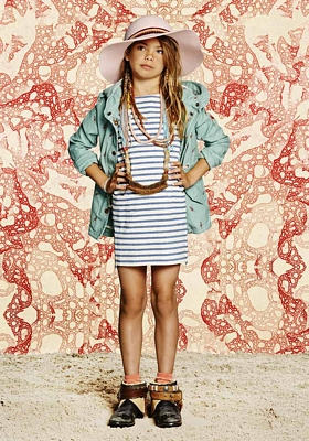 Scotch & Soda is an Amsterdam-based fashion brand that offers eclectic collections, known for its rich details and considered sense of style. Every season a unique collection for kids ( years) is designed, inspired by classic styles and a wealth of inspiration from around the globe.